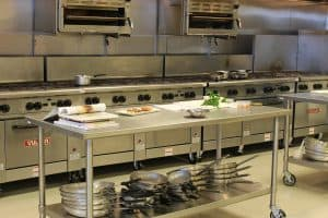 Read more about the article Fire Suppression Essentials for Restaurant and Commercial Kitchens